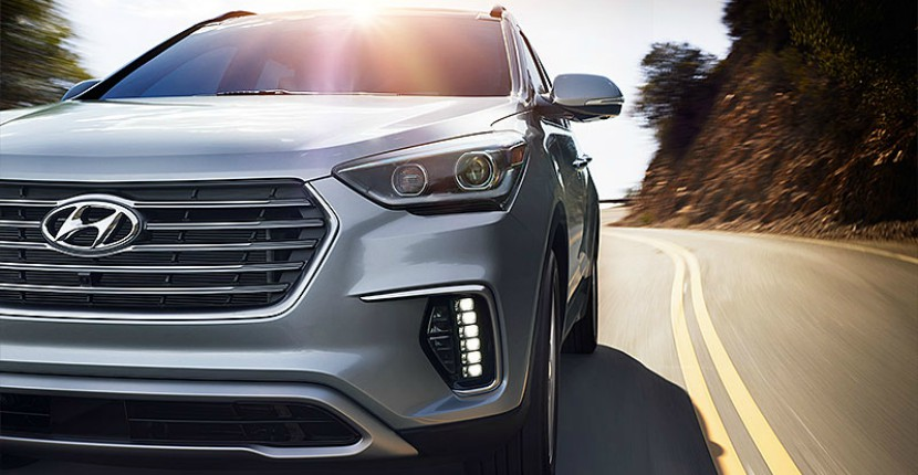 2019 Hyundai Santa Fe will debut with new features and a fresh look